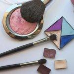 cosmetics-3587349_1280 150